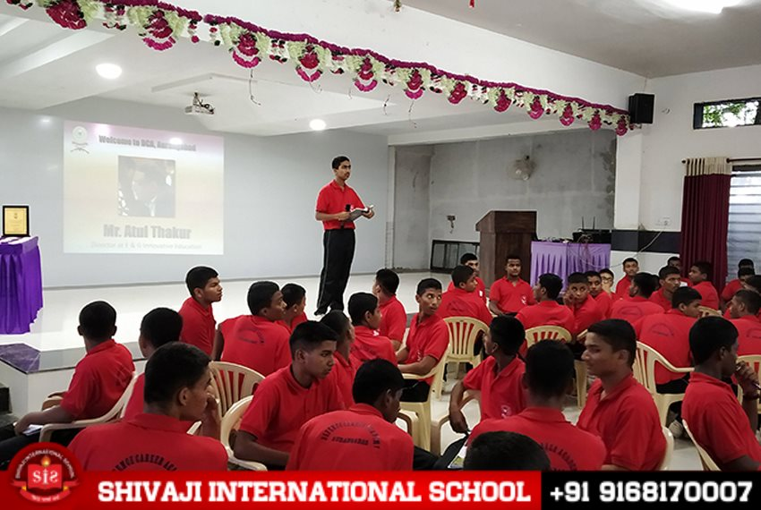 best-english-school-seminar-shivaji-international-school